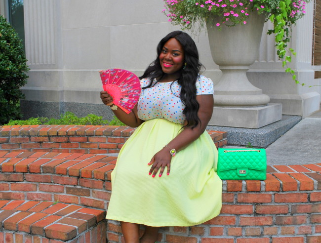 Musings of a Curvy Lady, Plus Size Fashion, Fashion Blogger, Midi Skirt, Cool Gal Blue, #COOLGALThamarr, Polka dots, Quilted purse