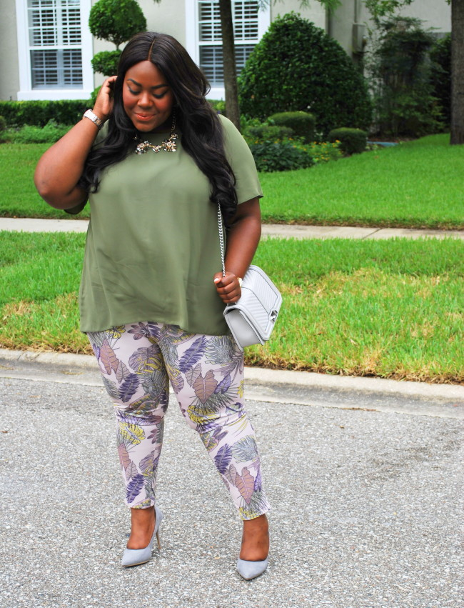 Musings of a Curvy Lady, Cool Gal Blue, #CoolGalTHAMARR, Fashion for the Majority, Plus Size Fashion, Fashion Blogger, Olive Chiffon Top, Palm Printed Pants, Women's Fashion