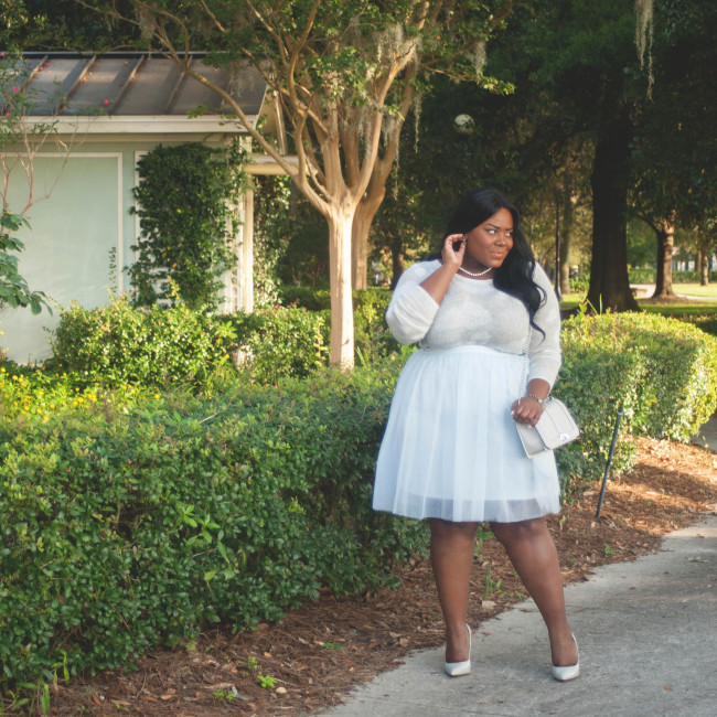 Musings of a Curvy Lady, Plus Size Fashion, Fashion Blogger, Women's Fashion, LC Lauren Conrad, Kohl's, Tulle Skirt, Cloud Print, Rebecca Minkoff, Quilted Bag, Go Jane, Grey Pumps, Pearl Necklace, Muted Colors