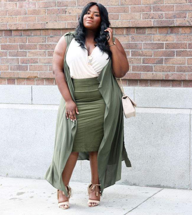 Musings of a Curvy Lady, Plus Size Fashion, Fashion Blogger, Charlotte Russe Plus, Army Green Outfit, Suede Skirt, BodySuit, Duster, Fringe Details, Kim Kardashian Inspired Outfit, Fall Fashion, StyleWatch Magazine, The Outfit, #RealOutfitGram, Los Angeles, Arts District LA, OOTD