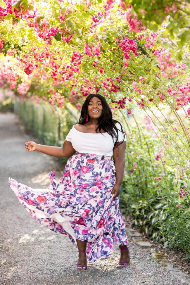 Musings of a Curvy Lady, Plus Size Fashion, Fashion Blogger, Fame & Partners, Maxi Skirt, Floral Maxi Dress, Tacoma, Seattle, Washington, Rose Garden, Point Defiance Park