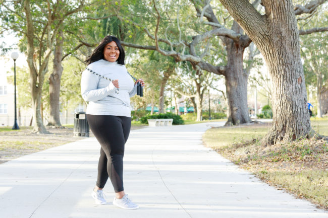 Musings of a Curvy Lady, Plus Size Fashion, Fashion Blogger, Plus Size Fashion, Fitness, Body Positive, Health and Wellness, Women's Gym Outfit Ideas, Old Navy, Workout Wear, Leggings