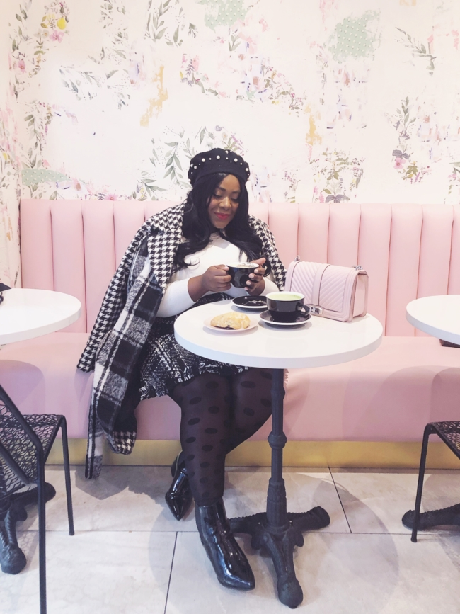 Musings of a Curvy Lady, New York City Travel Guide, New York City, Manhattan, Travel Blogger, NYC Blogger, NYC Coffee Shops, Tourist, NYC Landmarks, Travel Style, OOTD, Travel Guide, Central Park, Brooklyn Bridge, Dumbo, Brooklyn