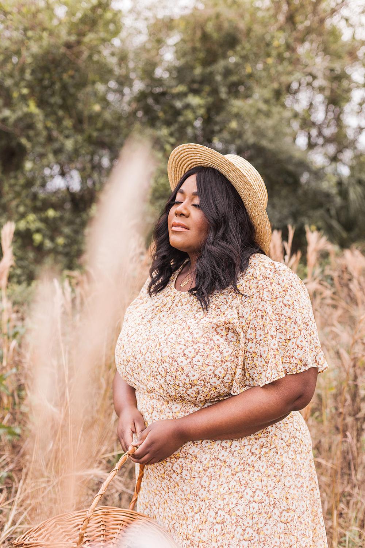 Floral Print Dress, Wheat Field, Girl in Field, Plus Size Model, ASTR Floral Dress