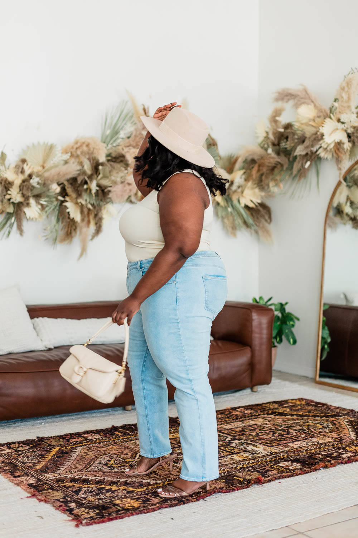 Walmart Sofia Vergara Bodysuit, Forever 21 Plus Size Straight Leg Jeans, Lack of Color Benson Tri-Beige, Steve Madden Loft Sandals, Coach Tabby Pillow Shoulder Bag, Dried Flower Installation, Urban Outfitters Tabitha Arc Mirror